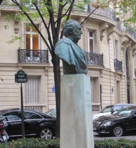 Plaza Uruguay en París